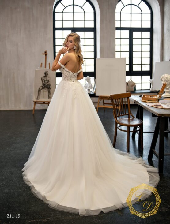 wedding-dress-211-19-3