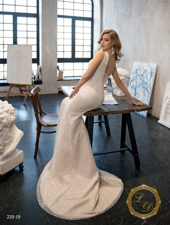 wedding-dress-220-19-4