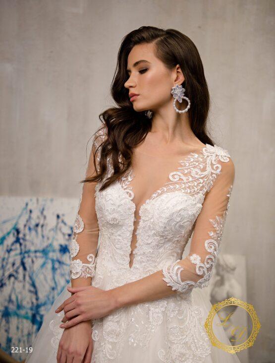 wedding-dress-221-19-2