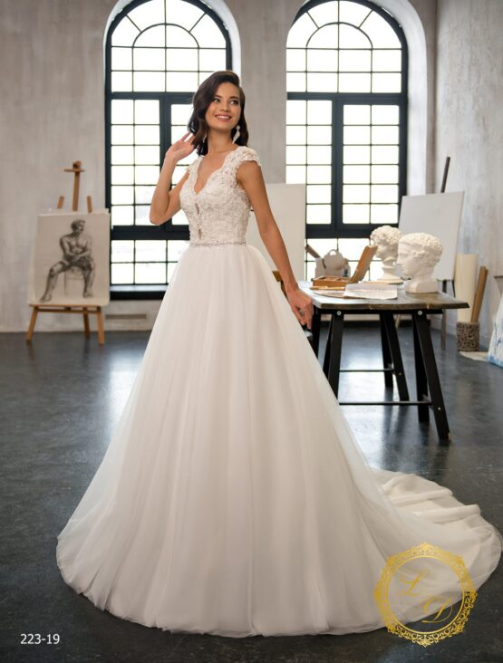 wedding-dress-223-19-1