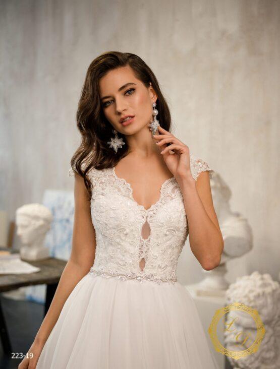 wedding-dress-223-19-2