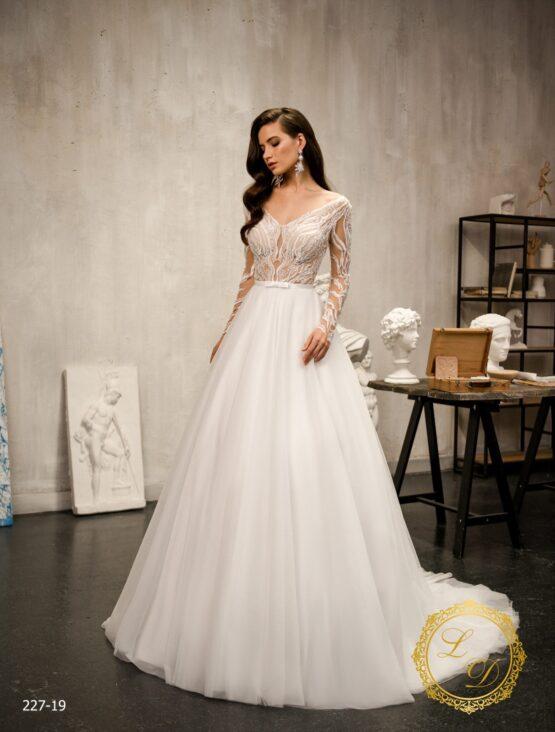 wedding-dress-227-19-1