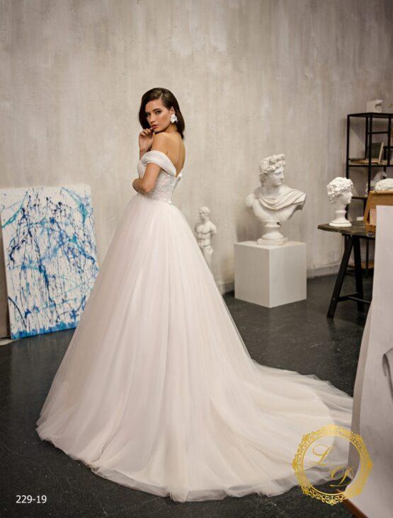 wedding-dress-229-19-3